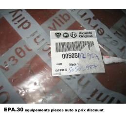 CABLE DE FREIN A MAIN ARRIERE DROIT ALFA ROMEO GIULIETTA - 50502987 - EPA30.