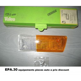 CABOCHON DE FEU CLIGNOTANT AVANT GAUCHE RENAULT 14 R14 JUSQU A 09/79  - EPA30 - .