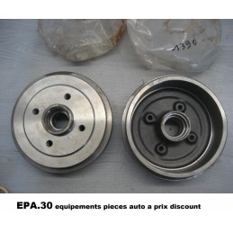 2 TAMBOURS DE FREIN ARRIERE FORD ESCORT XR3  - EPA30 - .