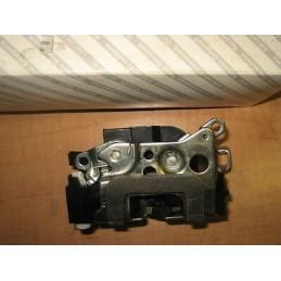 SERRURE ARRIERE DROITE PASAGER FIAT PUNTO après 01/1999 - EPA30 - .