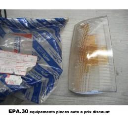 CABOCHON FEU CLIGNOTANT GAUCHE FIAT PANDA 4X2 4X4  - EPA30 - .