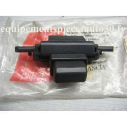 BOUTON VEROUILLAGE BOITE GANTS FIAT UNO  - EPA30 - .