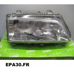 PHARE OPTIQUE DROIT PEUGEOT 806 (221) 06/94-09/98 - EPA30 - .