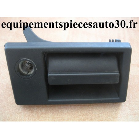 POIGNEE DE PORTE AVANT DROIT FIAT CINQUECENTO  - EPA30 - .