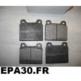 PLAQUETTES FREIN AVANT GT SPIDER MONTREAL FERRARI 308 PORSCHE 911 TAUNUS ADMIRAL COMMODORE MONZA REKORD - EPA30 - .