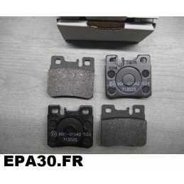 PLAQUETTES DE FREIN MERCEDES 300 320 400 500 classe E W210 - EPA30 - .