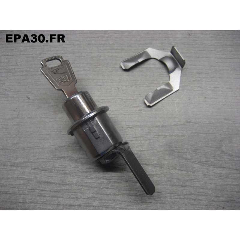1 SERRURE PORTE CÔTE CHAUFFEUR SIMCA 1000 ET RALLYE 1 2 3 - EPA30 - .