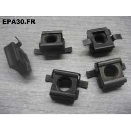 5 ECROUS CAGE D.6 FIXATION...