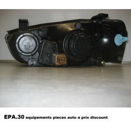 PHARE OPTIQUE DROIT HYUNDAI ELANTRA 1 (XD) de 06/00-11/03 - EPA30 - .