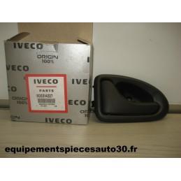 POIGNEE PORTE GAUCHE IVECO DAILY 3 RENAULT KANGOO EXPRESS  - EPA30 - .