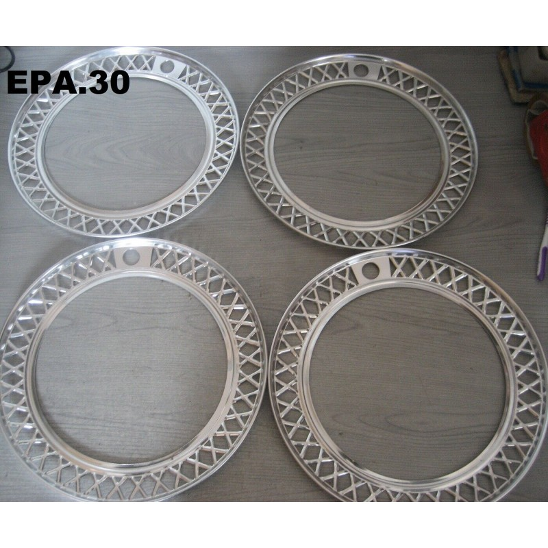 4 ENJOLIVEURS DE ROUES FIAT 125 - EPA30 - .