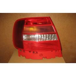 FEU ARRIERE GAUCHE AUDI A4 de 01/1997 A 02/1999  - EPA30 - .