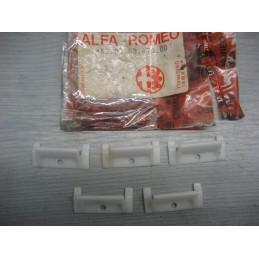 LOT DE 5 AGRAFES DE PORTE ALFA ROMEO ALFASUD ET TI - 1620063470 - EPA30 - .