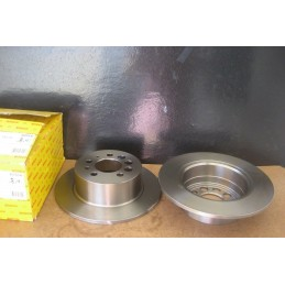 DISQUES FREIN ARRIERE VOLVO 240 242 244 245 264 265 740 780 940 960  - EPA30 - .
