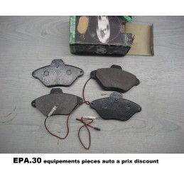 JEU DE 4 PLAQUETTES DE FREIN AVANT CITROEN XANTIA  - EPA30 - .