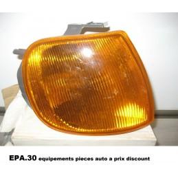 FEU CLIGNOTANT AVANT DROIT VOLKSWAGEN POLO DE 10/94-09/99  - EPA30 - .