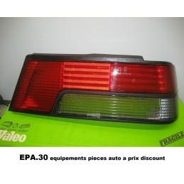 CABOCHON DE FEU ARRIERE DROIT PEUGEOT 405 BERLINE TOUS TYPES  - EPA30 - .