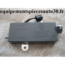 AMPLIFICATEUR ANTENNE RADIO ALFA 155 REFERENCE 60551977 - EPA30 - .