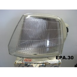 FEU CLIGNOTANT AVANT GAUCHE CHAUFFEUR PEUGEOT 106  - EPA30 - .
