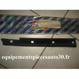 JOINT GLISSIERE GOUTIERE FIAT PUNTO CABRIOLET  - EPA30 - .