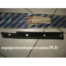 JOINT GLISSIERE GOUTIERE FIAT PUNTO CABRIOLET  - EPA30 - .