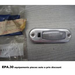 ECLAIRAGE PLAFONNIER FIAT 900 900E  - EPA30 - .
