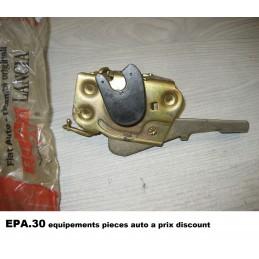 SERRURE AVANT DROIT FIAT 126 et 126 Bis  - EPA30 - .
