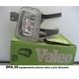 FEU ANTIBROUILLARD AVANT GAUCHE OPEL ASTRA F DE 07/94-12/02  - EPA30 - .